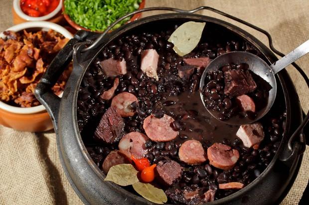 """Những món ăn rất được yêu thích ở nước này nhưng lại bị xem là """"thảm hoạ"""" đối với nơi khác, Việt Nam cũng có vài cái tên xuất hiện - Ảnh 3."""