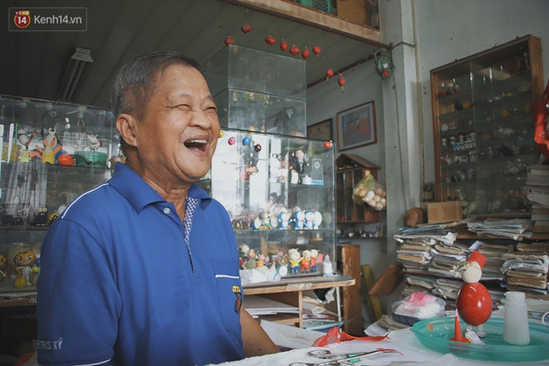 Thầy giáo 70 tuổi biến vỏ trứng thành ông già Noel, sở hữu bộ sưu tập toàn vỏ trứng gà, trứng cút - Ảnh 7.