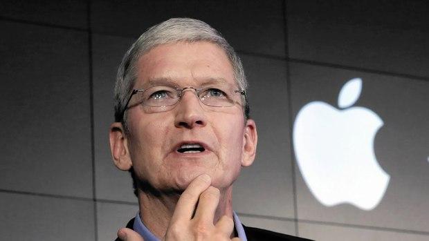 Top CEO công nghệ được lòng nhân viên nhất thế giới: Sếp Facebook và Amazon gây bất ngờ lớn! - Ảnh 7.