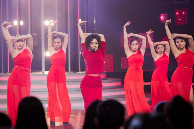 Gương Mặt Thân Quen: Lynk Lee giả Orange, Cara chiến thắng lần 2 trong 5 show lên sóng! - Ảnh 3.