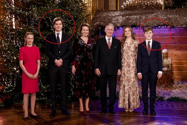 Gia đình hoàng gia trên thế giới tung ảnh thiệp Giáng sinh, nhà Công nương Kate lần đầu lép vế trước vẻ đẹp hoàn mỹ của Hoàng gia Bỉ - Ảnh 5.