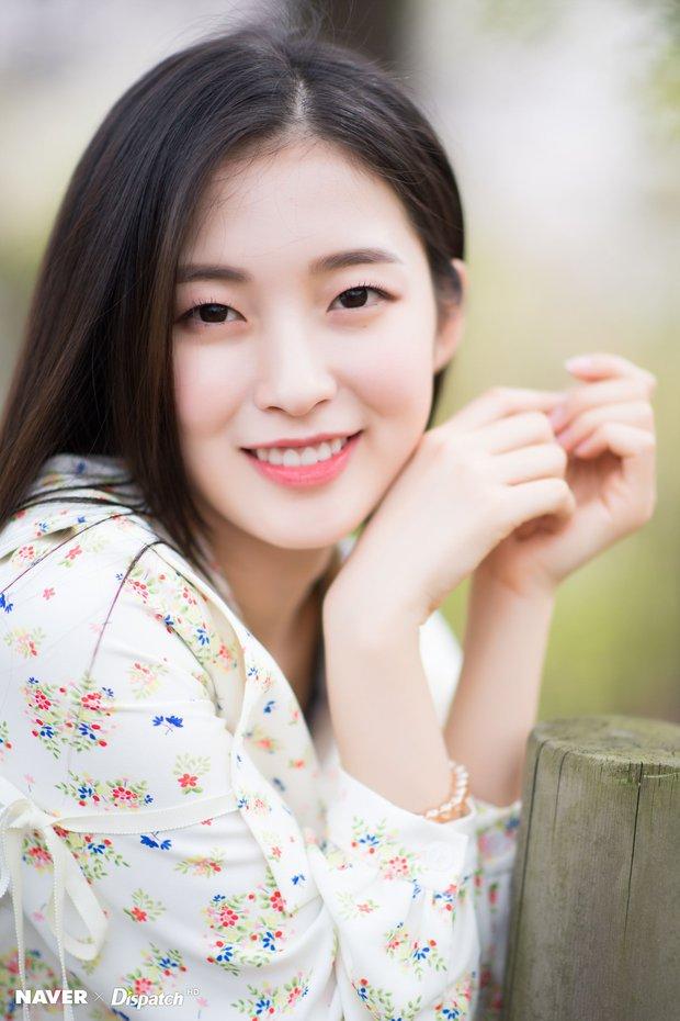30 nữ idol Kpop hot nhất: Jennie (BLACKPINK) vẫn vững vàng ngôi vương, ai cùng Taeyeon (SNSD) thăng hạng ngoạn mục? - Ảnh 4.