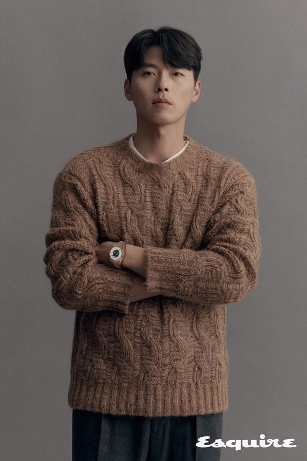 Cuối cùng bộ ảnh tạp chí của Hyun Bin đã được hé lộ: Đúng là quốc bảo nhan sắc, bảo sao Song Hye Kyo - Kang Sora từng u mê - Ảnh 2.