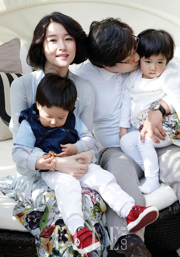 Dispatch khui độ giàu của Nàng Dae Jang Geum Lee Young Ae: Đưa các con về quê sống, nhưng... ở biệt thự 40 tỷ đồng - Ảnh 2.