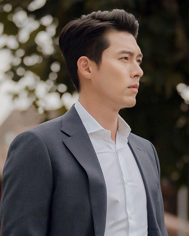 Cuối cùng bộ ảnh tạp chí của Hyun Bin đã được hé lộ: Đúng là quốc bảo nhan sắc, bảo sao Song Hye Kyo - Kang Sora từng u mê - Ảnh 7.