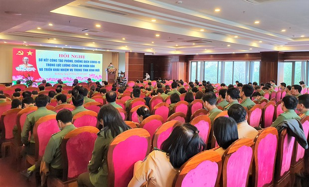 Xử lý hơn 900 trường hợp, chủ yếu là người Trung Quốc nhập cảnh trái phép vào Việt Nam - Ảnh 3.