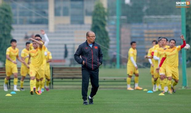 HLV Park Hang-seo: Tuyển Việt Nam có thể thua đội U22 - Ảnh 2.
