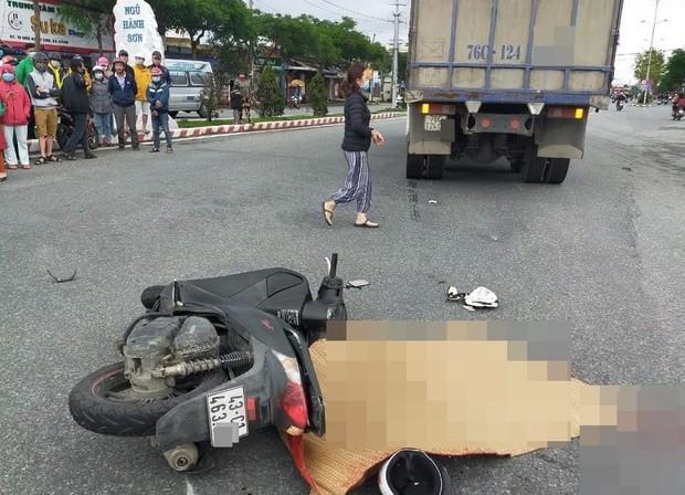 Người phụ nữ chạy xe máy SH chết thảm dưới bánh ô tô tải - Ảnh 5.