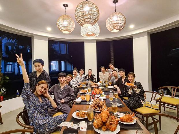 4 hội bạn thân Vbiz hot nhất thập kỷ: Hà Tăng - Đặng Thu Thảo cùng hội triệu đô, Gia đình văn hoá và nhóm Trấn Thành đều có biến - Ảnh 7.