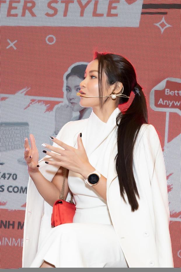 3 hiện tượng ngực khủng gây sốc nhất showbiz châu Á sau 1 thập kỷ: Thuỷ Top thành CEO, Clara lấy đại gia, bất ngờ nhất là Can Lộ Lộ - Ảnh 9.