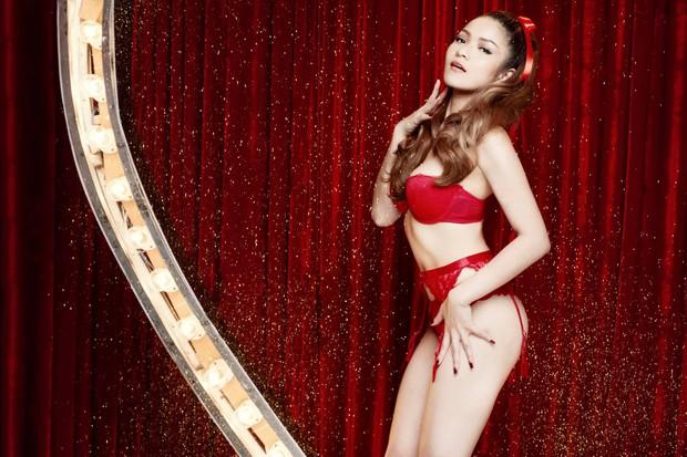3 hiện tượng ngực khủng gây sốc nhất showbiz châu Á sau 1 thập kỷ: Thuỷ Top thành CEO, Clara lấy đại gia, bất ngờ nhất là Can Lộ Lộ - Ảnh 6.