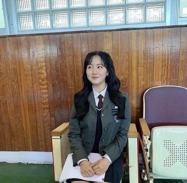 """Sao nhí xấc láo nhất Gia Đình Là Số 1 lột xác thành """"rich kid"""" Penthouse Jin Ji Hee: Đã dậy thì ngoạn mục còn có thành tích khủng ở trường danh giá - Ảnh 9."""
