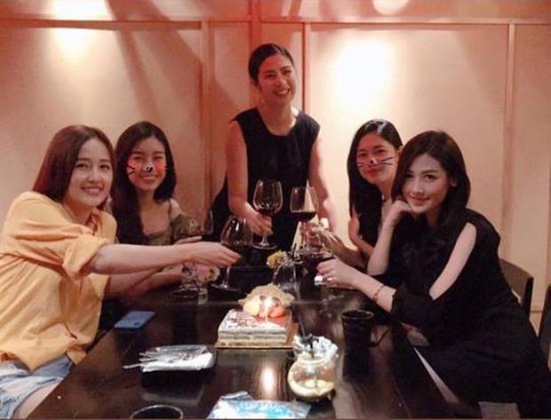 4 hội bạn thân Vbiz hot nhất thập kỷ: Hà Tăng - Đặng Thu Thảo cùng hội triệu đô, Gia đình văn hoá và nhóm Trấn Thành đều có biến - Ảnh 15.