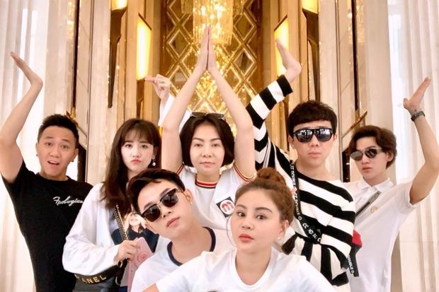 4 hội bạn thân Vbiz hot nhất thập kỷ: Hà Tăng - Đặng Thu Thảo cùng hội triệu đô, Gia đình văn hoá và nhóm Trấn Thành đều có biến - Ảnh 11.