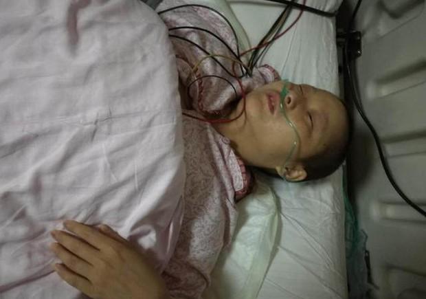 2 mẹ con trùng tang sau khi phát hiện mắc ung thư gan 3 tháng, nguyên nhân từ món cháo yêu thích của họ - Ảnh 1.