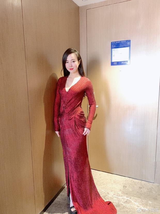 3 hiện tượng ngực khủng gây sốc nhất showbiz châu Á sau 1 thập kỷ: Thuỷ Top thành CEO, Clara lấy đại gia, bất ngờ nhất là Can Lộ Lộ - Ảnh 21.