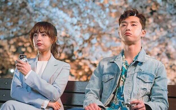 Ji Chang Wook - Kim Ji Won phát đường suốt tập 1 Lovestruck In The City, xem mà ghen giùm Park Seo Joon - Ảnh 9.