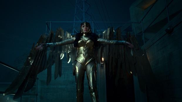 Wonder Woman 1984: Ngỡ tưởng bom tấn siêu anh hùng, nhưng cũng chỉ ở tầm phim giải trí Giáng Sinh - Ảnh 7.