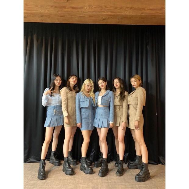 Các idol Kpop dạo này đang mê diện set đồ này lắm, còn chần chừ gì mà không xem ngay để bắt trend liền - Ảnh 4.