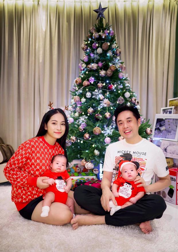 Sao Vbiz đón Noel: Dinh thự nhà Cường Đô La - Lan Khuê lên đồ hoành tráng, Hà Tăng mở tiệc sang, Hoàng Oanh vỡ oà ở Singapore - Ảnh 9.