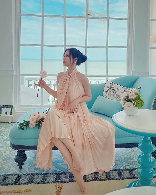 Instagram look của sao Việt: Chi Pu, Mẫn Tiên lên đồ ấm áp vẫn không bằng Hà Tăng quẩy outfit cho ngày đại hàn - Ảnh 9.