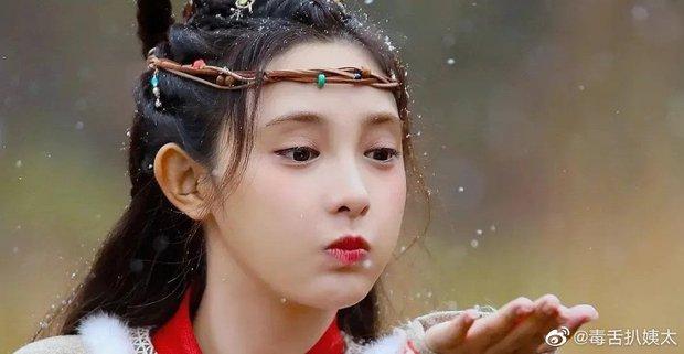 Netizen xỉu lên xỉu xuống với nhan sắc tiên tử của Bành Tiểu Nhiễm ở phim mới nhưng sao giống thời Đông Cung dữ ta! - Ảnh 2.