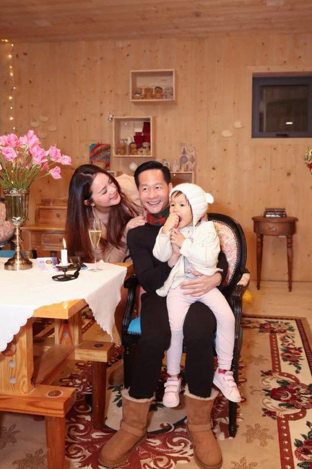 Phan Như Thảo và chồng đại gia tổ chức tiệc ở biệt thự Đà Lạt, tự tin diện váy bó nhưng lại bị netizen khẩu nghiệp - Ảnh 4.