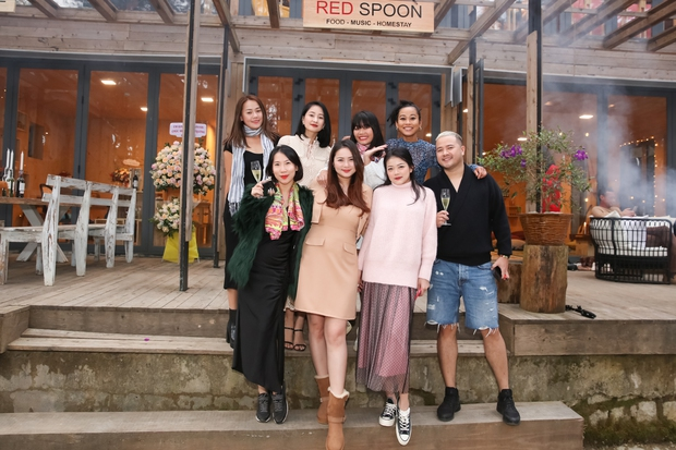 Phan Như Thảo và chồng đại gia tổ chức tiệc ở biệt thự Đà Lạt, tự tin diện váy bó nhưng lại bị netizen khẩu nghiệp - Ảnh 5.