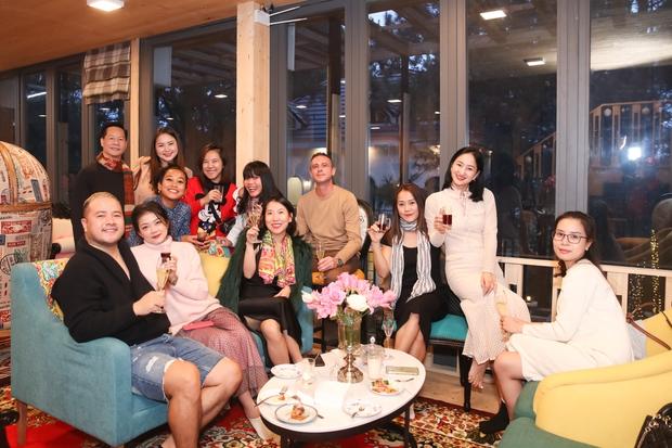 Phan Như Thảo và chồng đại gia tổ chức tiệc ở biệt thự Đà Lạt, tự tin diện váy bó nhưng lại bị netizen khẩu nghiệp - Ảnh 6.