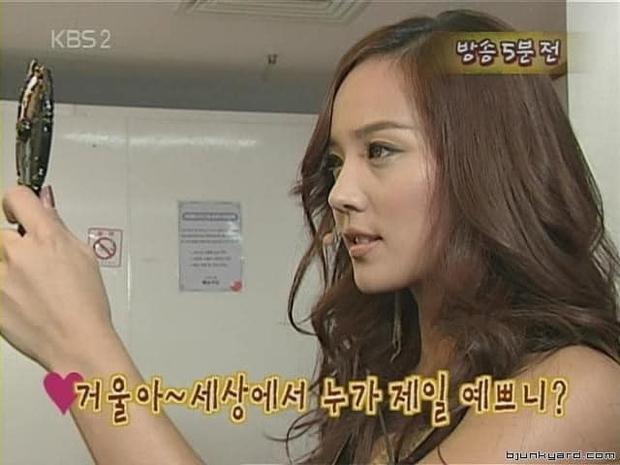 Mỹ nhân Penthouse hoá ra là huyền thoại nhan sắc Kpop: Mẹ 2 con nhưng vẫn là nữ thần đẹp nhất nhà SM, vượt mặt Yoona - Irene - Ảnh 8.