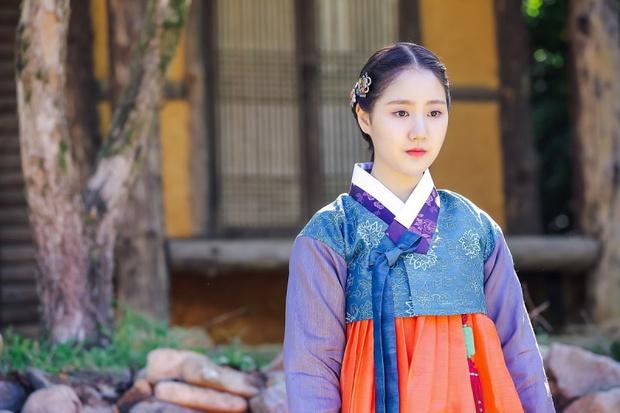 """Sao nhí xấc láo nhất Gia Đình Là Số 1 lột xác thành """"rich kid"""" Penthouse Jin Ji Hee: Đã dậy thì ngoạn mục còn có thành tích khủng ở trường danh giá - Ảnh 13."""