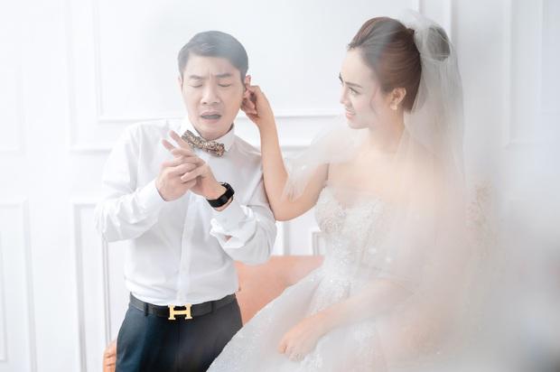 """Trọn bộ ảnh cưới của NS Công Lý và bạn gái kém 15 tuổi: Cô dâu nhan sắc rạng ngời, """"Cô Đẩu"""" tạo dáng cực lầy - Ảnh 6."""