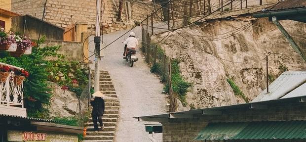 Clip 4 người suýt ngã nhào trên con dốc nổi tiếng là nguy hiểm ở Đà Lạt, khiến dân mạng một lần nữa khẳng định ai vượt qua chắc chắn là tay lái rất xịn! - Ảnh 2.