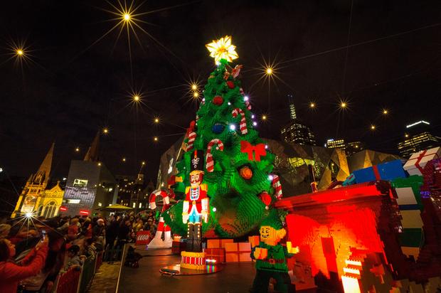 Những cây thông Noel đặc biệt được ghi nhớ nhất trong lịch sử các mùa Giáng sinh khắp thế giới, kỳ công đến mức khiến ai cũng phải trầm trồ - Ảnh 2.