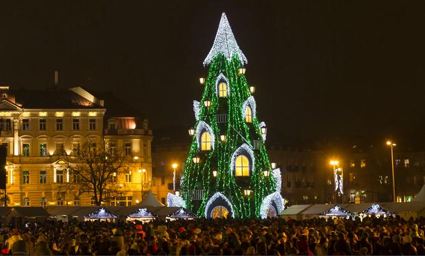 Những cây thông Noel đặc biệt được ghi nhớ nhất trong lịch sử các mùa Giáng sinh khắp thế giới, kỳ công đến mức khiến ai cũng phải trầm trồ - Ảnh 3.