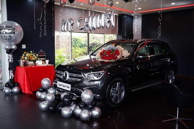 Phép màu Noel là có thật: Hỗ trợ khách mua ô tô, 5 năm sau nhân viên sales ở Hà Nội được tặng lại xe Mercedes giá 2 tỉ đồng - Ảnh 3.