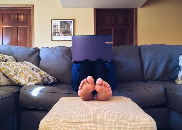 4 thói quen xấu đang từng bước làm phái nữ tiến gần hơn tới bệnh ung thư cổ tử cung - Ảnh 2.