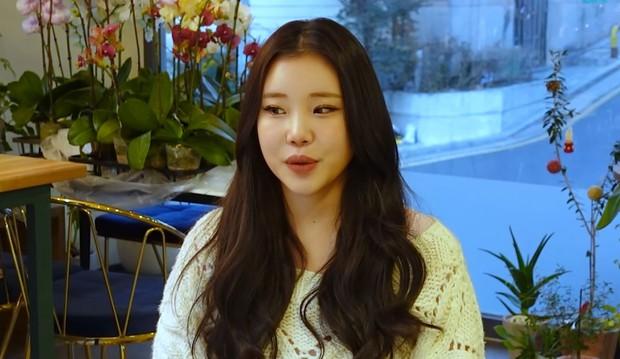 Được push mạnh nhất nhóm nhưng nữ idol từng bị chê xấu nhất lịch sử Kpop trượt đến 50 buổi thử giọng trước ngày debut - Ảnh 3.