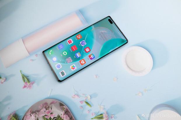 Huawei Nova 8 và Nova 8 Pro ra mắt: Kirin 985 5G, màn hình 120Hz 10-bit màu, camera 64MP, sạc nhanh 66W, giá từ 11.6 triệu đồng - Ảnh 3.
