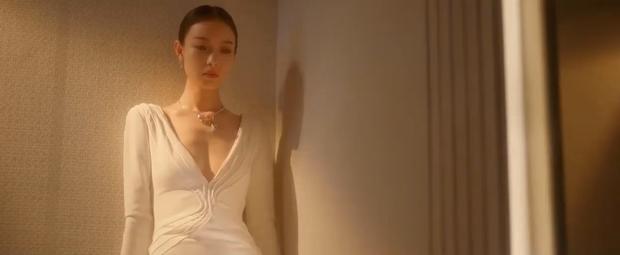 Chị đẹp Nghê Ni thay gần 15 bộ cánh sắc nét, chặt đẹp Lưu Thi Thi ở trailer mới của Lưu Kim Tuế Nguyệt - Ảnh 4.