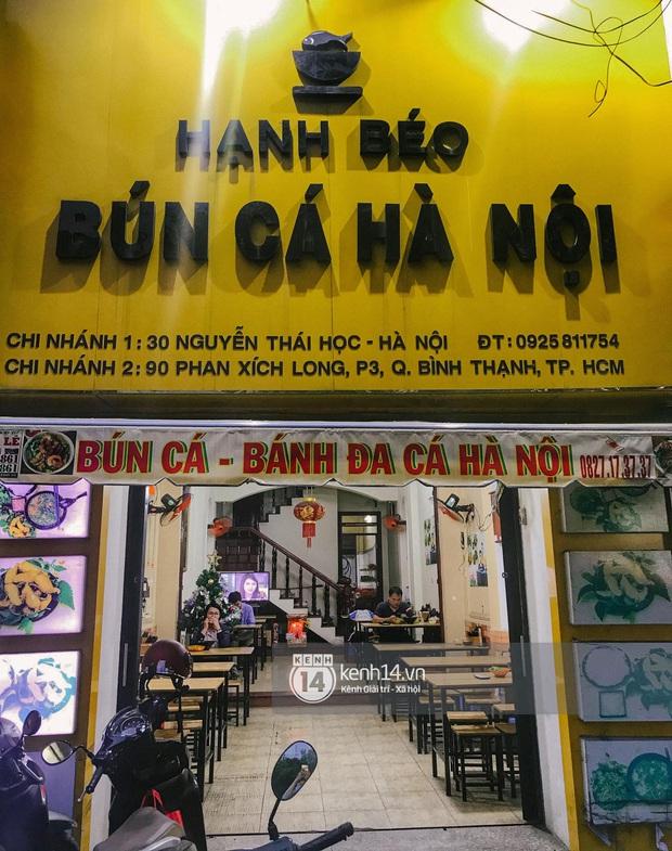Hàng bún cá chấm nổi tiếng xếp hàng dài cả cây số ngoài Hà Nội bỗng xuất hiện tại Sài Gòn, tưởng là chi nhánh 2 nhưng hoá ra không phải? - Ảnh 4.