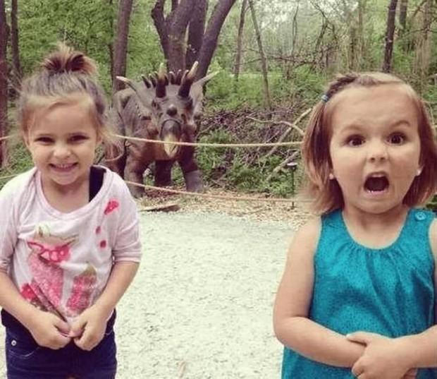 Những bức ảnh hài hước chứng minh luôn có 2 kiểu con gái cực trái ngược nhau, xem để biết bạn thuộc tuýp phụ nữ nào nhé - Ảnh 4.