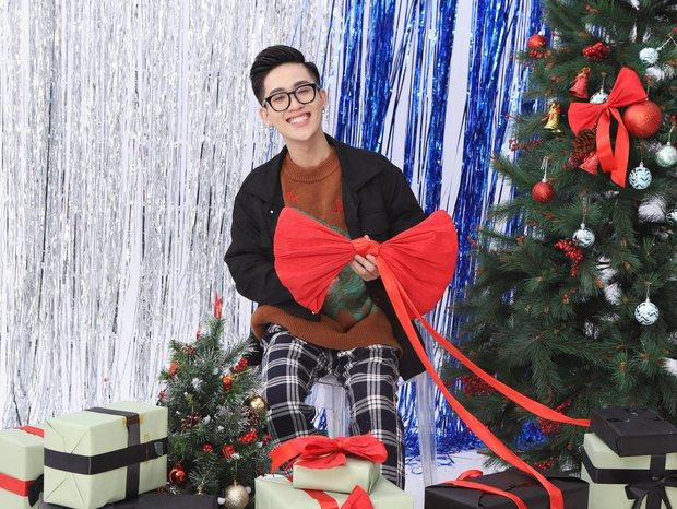 Ngắm loạt game thủ, hot streamer Việt lên đồ người chơi hệ Noel rực rỡ trong dịp lễ Giáng sinh vừa qua! - Ảnh 2.