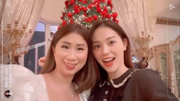Linh Rin khoe loạt ảnh cực thân với các bà cô bên chồng: Tương lai làm dâu rộn ràng lắm đây! - Ảnh 2.