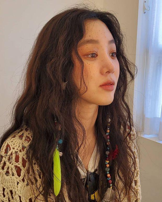 Người khiến Blink hay choảng nhau vì trang điểm nhạt cho BLACKPINK hóa ra lại đứng sau nhiều makeup look để đời của loạt sao Hàn - Ảnh 11.