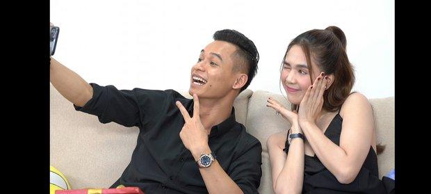 Độ Mixi cùng Ngọc Trinh bị soi khoảnh khắc nhạy cảm, fan đồng loạt gọi tên bà Trang chủ kênh - Ảnh 1.