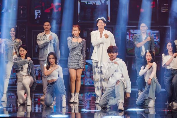 Bộ sậu Khắc Hưng, Min, Erik và Quang Đăng nhận giải thưởng đầy ý nghĩa với Ghen Cô Vy cùng vũ điệu rửa tay nổi tiếng toàn cầu - Ảnh 5.