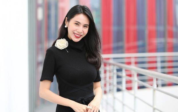 Dàn nghệ sĩ rung chuyển Vbiz năm 2020: Trấn Thành - Thủy Tiên truyền cảm hứng, Quang Đăng lên hẳn HBO vì gây bão tầm cỡ thế giới - Ảnh 6.