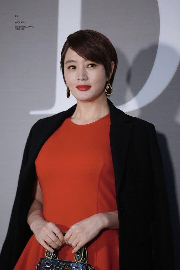 Jo Soo Min - Gia sư bất hạnh ở Penthouse: Búp bê sống 14 năm diễn xuất, cân sạch từ thi - hoạ đến thể thao! - Ảnh 16.