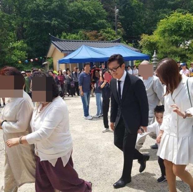 Nhìn lại hôn nhân của tứ đại thiên vương Kbiz thập kỷ qua: Jang Dong Gun gây sốc nhất, Lee Byung Hun có cái kết khó tin - Ảnh 22.